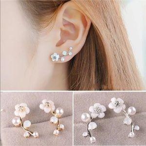 New Fashion Pearl Flower Ear Stud Earrings